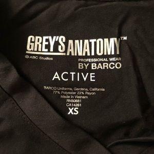 Grey's Anatomy black scrub top size XS